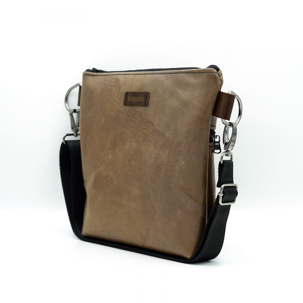 light brown leather shoulder bag